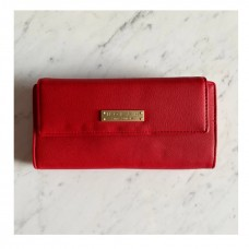 """""""Mary Red Wallet Nolah"""""""